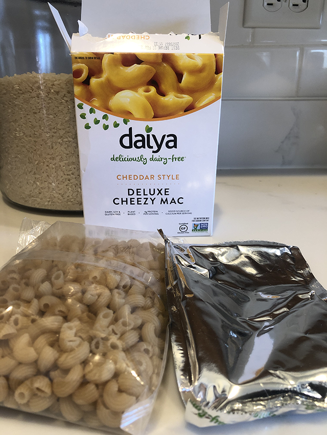 daiya deluxe cheezy mac unboxing